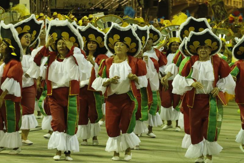 Associação Carnavalesca A Grande Família vai abir o Desfile Oficial de Carnaval de Belém, nesta sexta-feira, 14, na Aldeia Amazônica