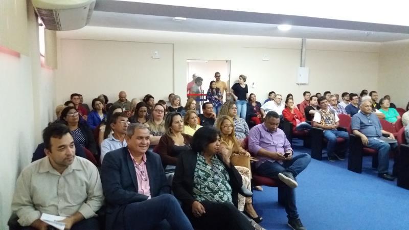 O encontro contou com a presença da mestra em Direitos Fundamentais e conselheira Estadual dos Direitos das Mulheres, Sandra Regina Alves Teixeira, e da historiadora Leila Mourão Miranda.