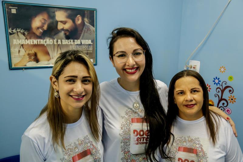 Adriela Brandão,Juliana e Daniela Silva