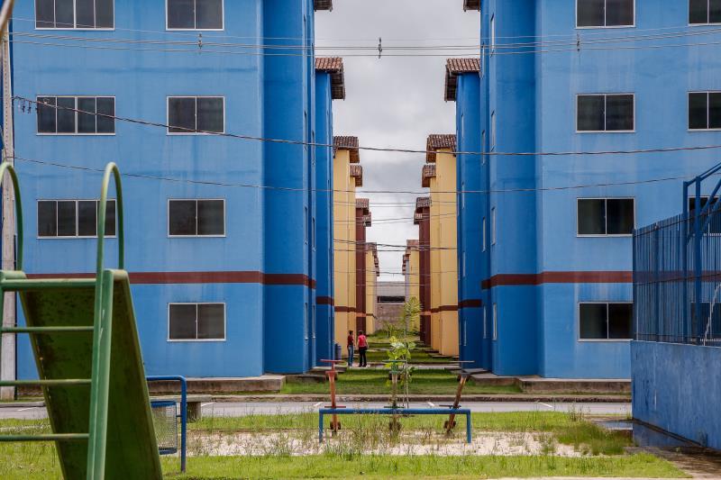 O empreendimento tem 2.720 unidades habitacionais, distribuídas em 170 prédios, com quatro andares, totalizando 16 apartamentos por bloco