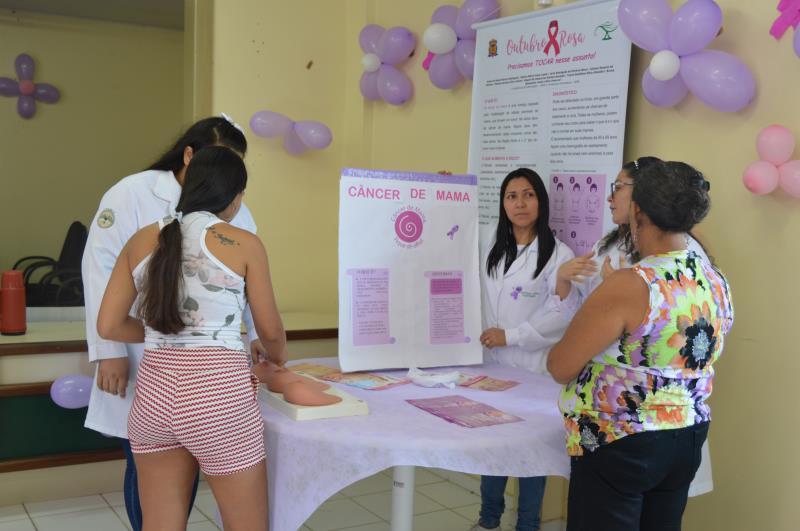 """Stand sobre Câncer de Mama na exposição """"Mulher, Tempo de Cuidar!"""""""