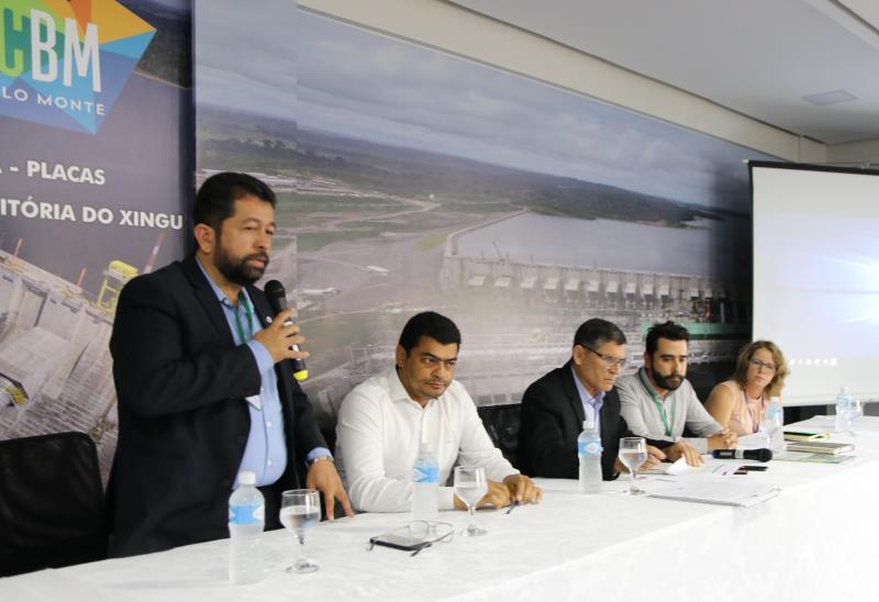 Durante esta semana, o comitê gestor do Plano de Desenvolvimento Regional Sustentável do Xingu (PDRSX) se reuniu, em Altamira, para tratar sobre a criação de políticas que auxiliem na redução das desigualdades regionais, por meio da criação de planos estratégicos para desenvolvimento da mesorregião do Xingu. Participaram da reunião do comitê, o secretário Regional de Governo, Henderson Pinto, o ministro da secretaria de governo e representantes das prefeituras envolvidas.  FOTO: DIVULGAÇÃO / Marth Uchôa DATA: 14.03.2019 XINGÚ - PARÁ
