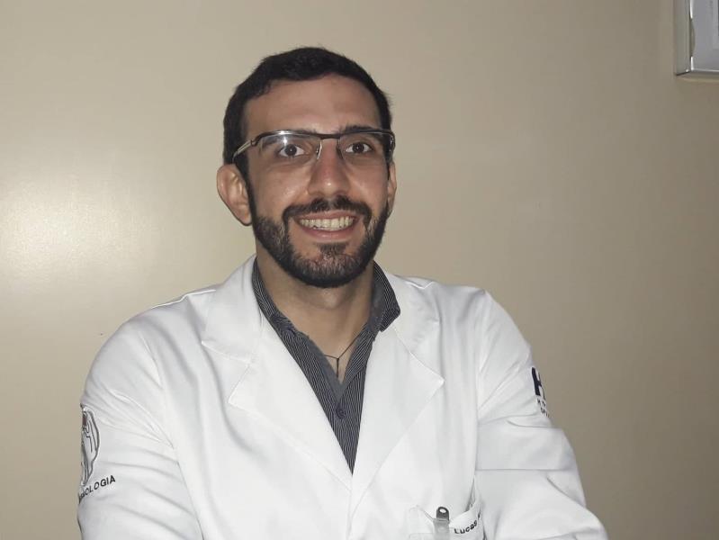 O nefrologista Lucas Nunes ressaltou que qualquer tipo de alteração nos rins prejudica a eliminação de toxinas e a produção de hormônios, trazendo consequências para todo o organismo