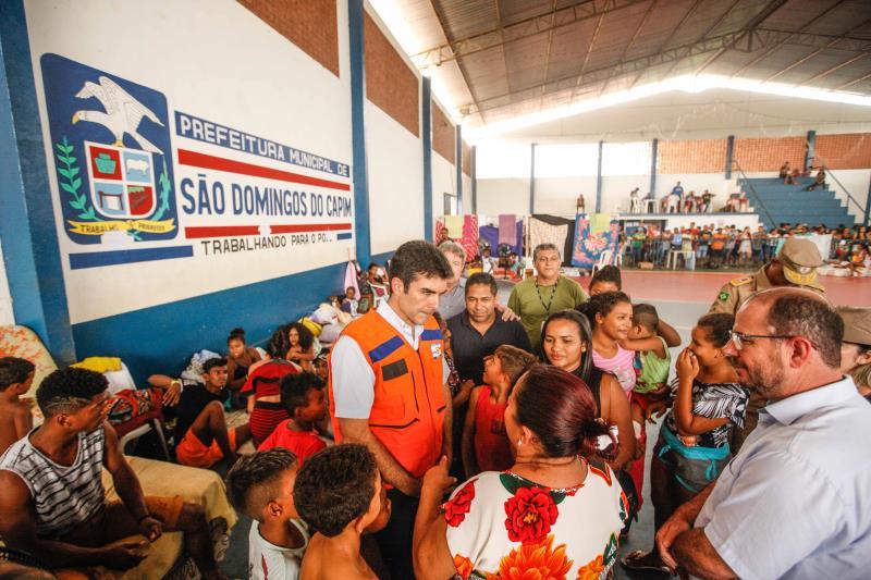 Depois de 4 dias na região oeste do Estado, em ações do Governo Por Todo o Pará, o governador Helder Barbalho fez questão de visitar neste domingo (24), os municípios de Paragominas e São Domingos do Capim, cidades do sudeste e nordeste do Estado, respectivamente, que sofreram prejuízos por conta das chuvas fortes e da maré alta.  FOTO: MAYCON NUNES - AG. PARÁ DATA: 24.03.2019 SÃO DOMINGOS DO CAPIM - PARÁ