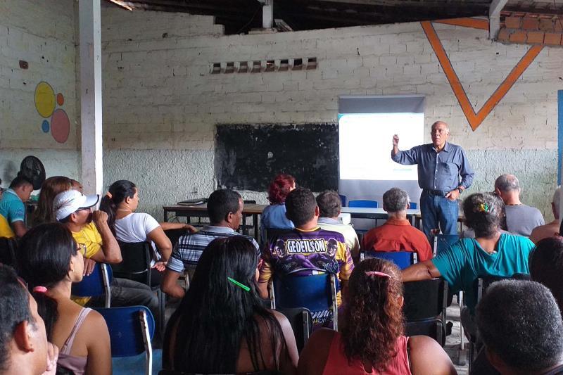 16 lideranças comunitárias do bairro de Águas Lindas, região metropolitana de Belém, receberam informações sobre o projeto da Nova BR.
