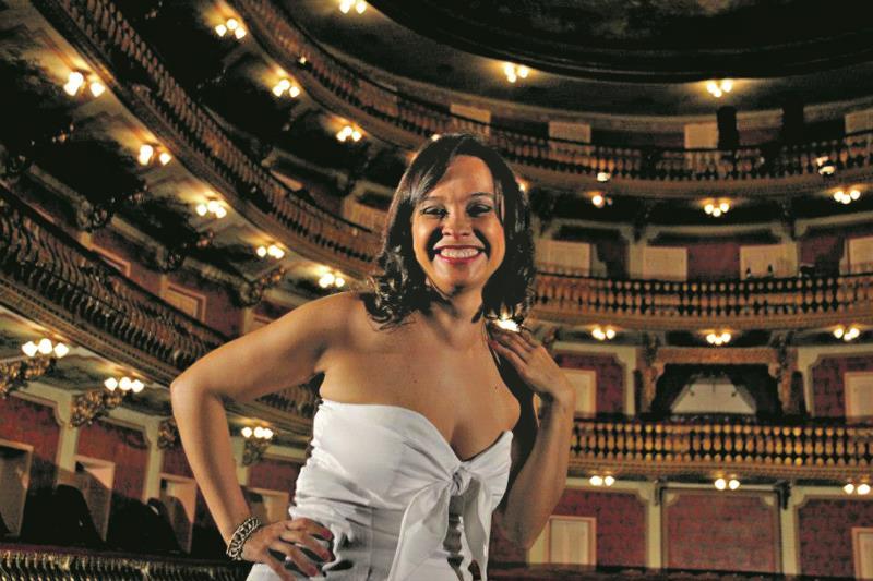 """Jorane Castro, diretora do documentário """"Mestre Cupijó e seu Ritmo"""""""