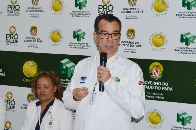 Nesta terça-feira (2), o Hospital Regional do Baixo Amazonas (HRBA), em Santarém (PA), gerenciando pela Pró-Saúde Associação Beneficente de Assistência Social e Hospitalar, realizou a aula inaugural do curso de Língua Brasileira de Sinais (Libras). Mais de 30 colaboradores serão capacitados em duas turmas. Na foto Epifânio Pereira.  FOTO: DIVULGAÇÃO DATA: 02.04.2019 SANTARÉM - PA