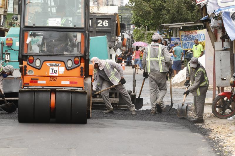 2019.04.08 - PA - Belém - Brasil: Prefeito Zenaldo Coutinho visita obras de pavimentação da travessa 14 de março.
