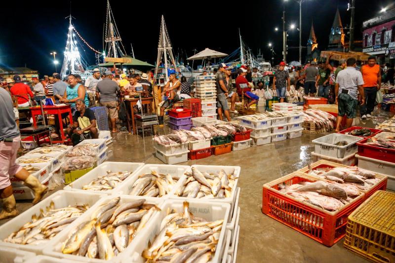 Belém possui o maior entreposto de comercialização do pescado da região Norte, a Pedra do Peixe do Ver-o-Peso