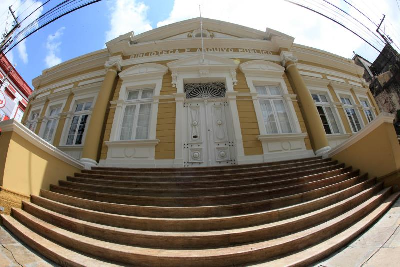 Uma das mais antigas instituições do Estado completa 118 anos no dia 16 de abril. O Arquivo Público do Estado do Pará (Apep) é a organização que mantém viva e acessível aos paraenses diversos arquivos, documentos e registros históricos que ajudam a contar a história da região.  FOTO: RODOLFO OLIVEIRA / ARQUIVO /AG. PARÁ DATA: 13.04.2019 BELÉM - PARÁ