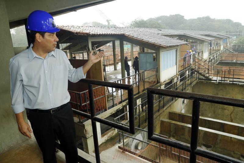 Outras obras de infraestrutura estão em execução no Complexo Bolonha. O objetivo principal é recuperar a produção de água nos 16 filtros do sistema, que funciona apenas com oito atualmente