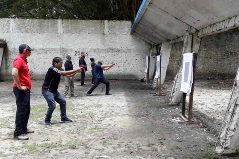 A parte prática, que corresponde a técnicas de tiros, teve como público somente os militares, que treinaram técnicas de tiros, no stand de tiro do Centro de Treinamento da PM, nos dias 12 e 16 de abril