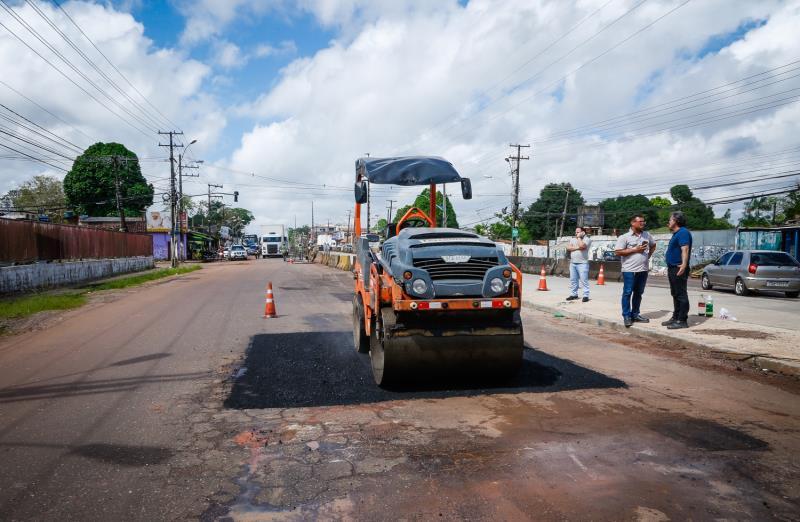 A ação tapa-buraco segue um planejamento elaborado a partir do trabalho de campo realizado pelos técnicos do Departamento de Obras Viárias (Deov) da Sesan, que fazem a fiscalização diária das ruas em todos os bairros de Belém.