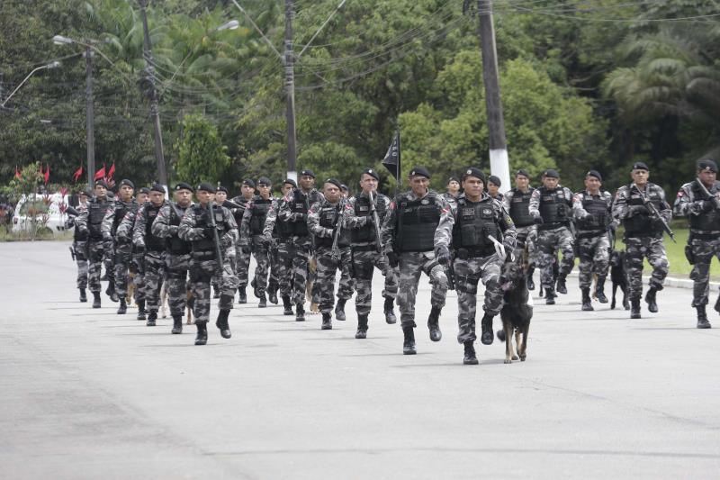 Desfile dos sete pelotões componentes da tropa representativa, que encerrou a cerimônia realizada na sede do Comando-Geral da Polícia Militar