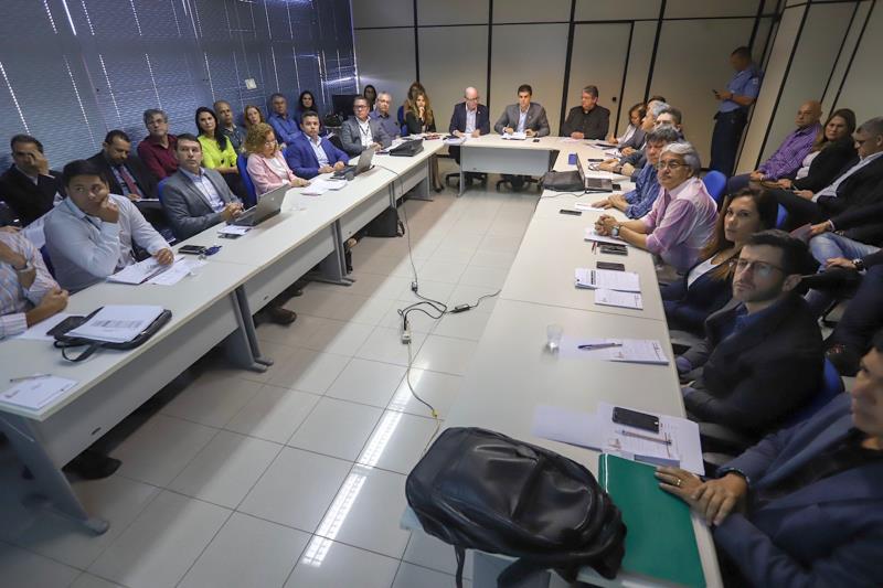 O governador do Pará, Helder Barbalho, participou da reunião mensal de coordenadores, para avaliar o desempenho da arrecadação do primeiro quadrimestre. O encontro ocorreu nesta segunda-feira (6), na Secretaria de Estado da Fazenda (Sefa).  FOTO: MARCO SANTOS / AGÊNCIA PARÁ DATA: 06.05.2019 BELÉM - PARÁ