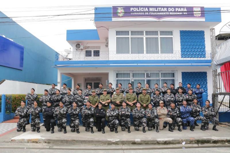 A solenidade reuniu o comandante-geral da PM, coronel José Dilson Júnior, comandantes de batalhões e outras autoridades civis e militares