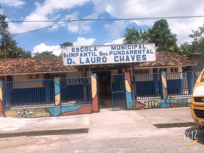 A escola Dr. Lauro Alves fica localizada no bairro da Baía do Sol, em Mosqueiro, e celebrou 50 anos de inauguração