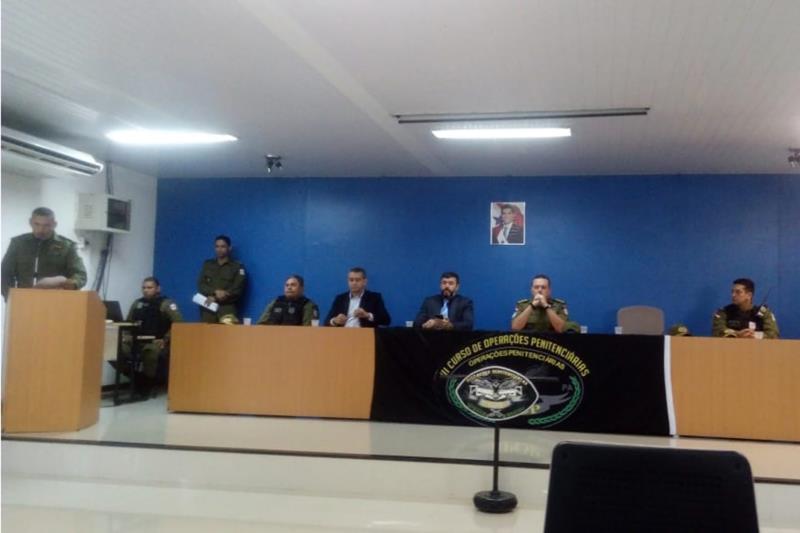 Ações e estratégias no sistema prisional brasileiro foram temas da palestra ministrada nesta segunda-feira (13) pelo coronel Wellington Urzeda, diretor-geral de Administração Penitenciária do Estado de Goiás, no Instituto de Ensino de Segurança do Pará (Iesp), em Marituba (Região Metropolitana de Belém).  FOTO: ASCOM SUSIPE DATA: 14.05.2019 BELÉM - PARÁ