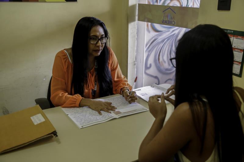 A assistente social Rosiane Torres atua há 15 anos no serviço socioassistencial do município, sempre com paixão e dedicação.