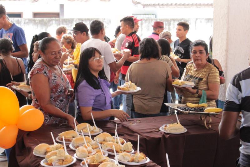 Os servidores foram recebidos com um café da manhã nas dependências do Dres.