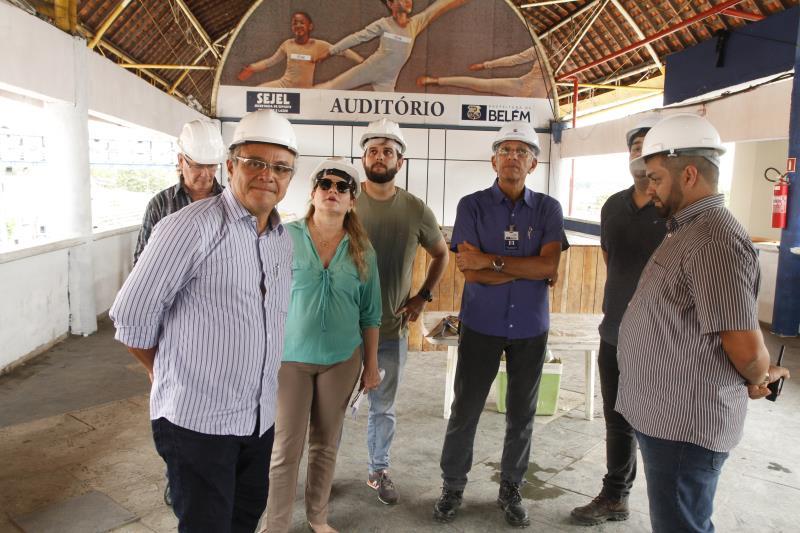 2019.05.17 - PA - Belém - Brasil: Prefeito Zenaldo Coutinho visita obras de reforma da Aldeia Amazônica.
