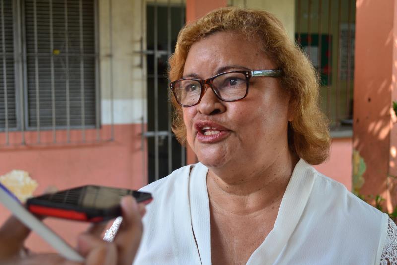 A diretora da Escola Estadual Maria Luiza de Vella Alves, Fátima Bacelar, aprovou a realização da palestra
