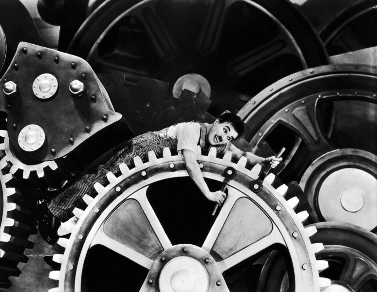 """""""Tempos Modernos"""", um dos filmes mais conhecidos de Chaplin, ganha exibição no dia 28 de maio"""