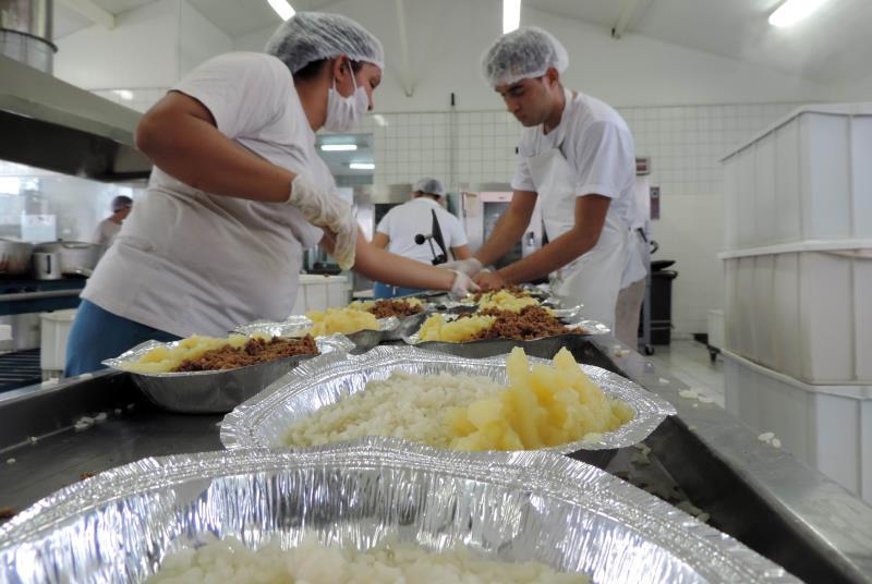 Rigor, controle e segurança são algumas das prioridades do Sistema Penitenciário do Estado do Pará (Susipe), reforçadas por duas portarias, baseadas em iniciativas de outros estados, como o Maranhão, elaboradas pela Diretoria de Execução Criminal (DEC) e publicadas na última semana no Diário Oficial do Estado. As portarias padronizam e regulamentam a entrada de objetos e alimentos no cárcere, e ainda de visitantes.   FOTO: ERIKA TORRES/ASCOM SUSIPE DATA: 22.05.2019 BELÉM - PARÁ