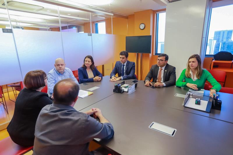 O acordo permitirá a formação de lideranças e identificará educadores aptos a colaborar com a gestão escolar