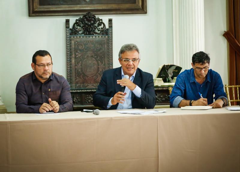 A Prefeitura de Belém reuniu com nstituições de ensino e pesquisa e órgãos ligados ao setor do meio ambiente.