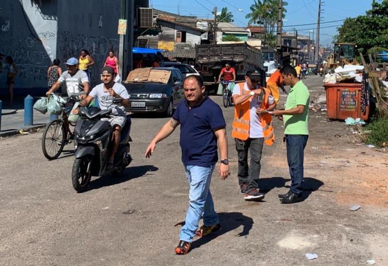 O trabalho foi acompanhado de perto pelo secretário de saneamento Claudio  Mercês.