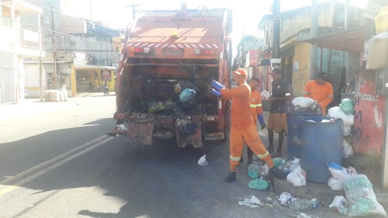 A  meta era recolher o maior número possível de lixo e com isso, diminuir a incidência de lixo.