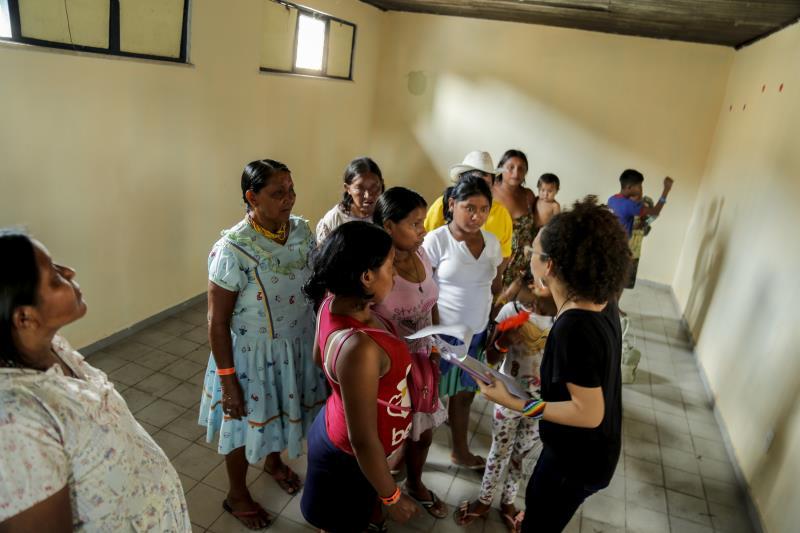 Servidores da Prefeitura de Belém receberam os Warao no novo abrigo