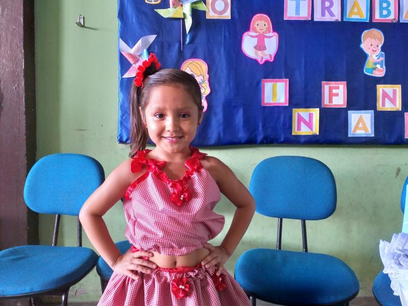 """""""Estou gostando muito dos trabalhinhos que estamos fazendo na sala de aula, aprendi o que devemos e o que não devemos fazer. Não é certo criancinha trabalhar!"""", contou Maísa de Almeida Paz, de 6 anos, que participou do Carimbó dos Direitos."""