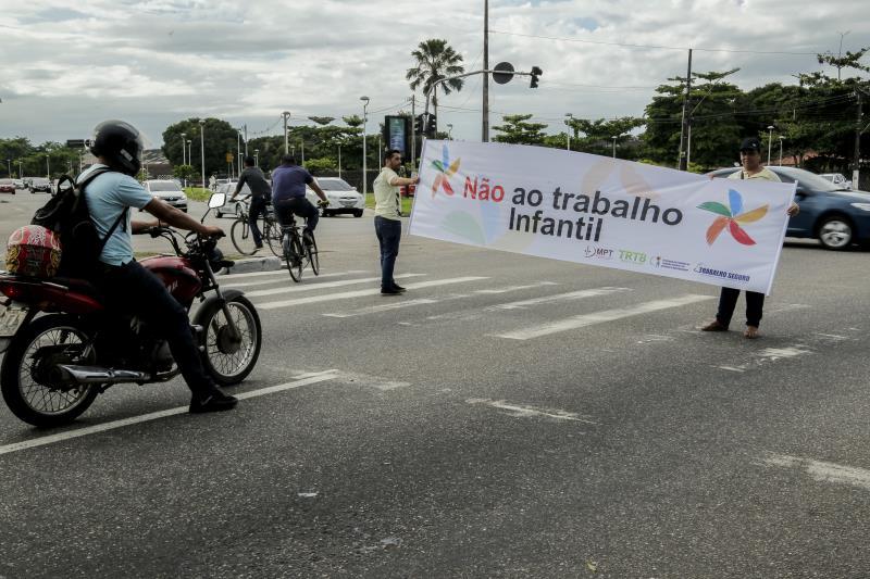 Várias blitzen educativas sobre combate ao trabalho infantil foram feitas em vias de Belém