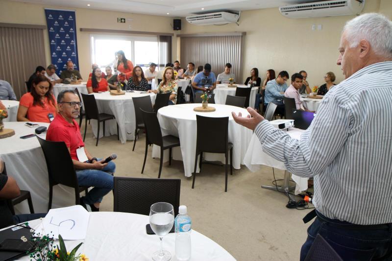 José Carlos Danza expôs sobre a segurança nas lagoas de rejeito da Alcoa em Juruti, dentre outros assuntos. Foto: Alcoa Juruti