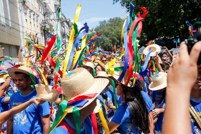 """O tradicional Arraial do Pavulagem é o foco do documentário """"O Boi Pavulagem é Boi do Mundo"""", que será exibido para marcar o Dia do Folclore, no dia 25 deste mês"""