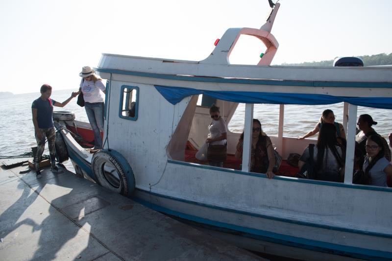 As viagens para Cotijuba são realizadas entre as 7 e 18 horas, e no período de férias, os barcos partem de 20 em 20 minutos