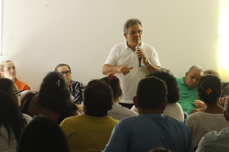 Na reunião com as lideranças, o prefeito Zenaldo Coutinho se ateve sobre as demandas relativas aos canais que cortam o bairro da Cremação