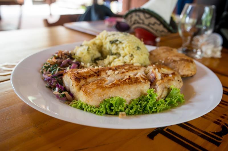 Os restaurantes oferecem o melhor do cardápio regional.