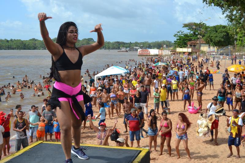 Atrações musicais, aulas de dança, sorteios de brindes e muita diversão na Praia do Cruzeiro.
