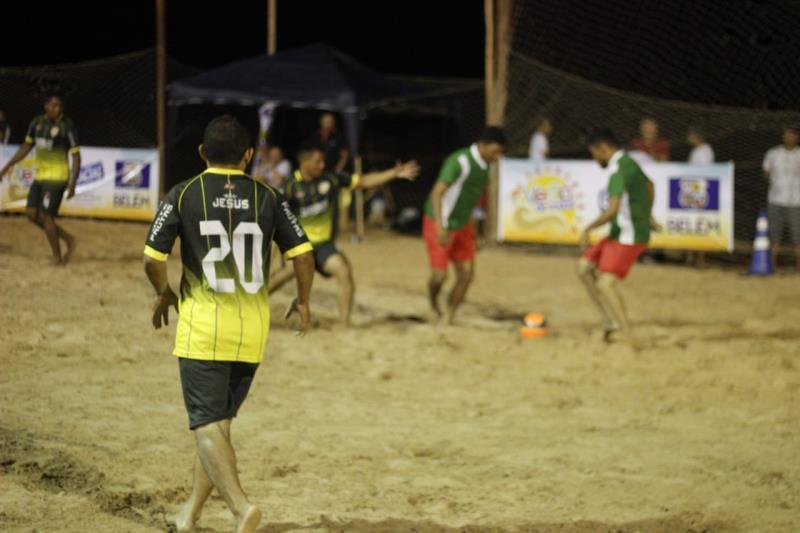 São 32 times de vários bairros de Icoaraci, totalizando em 320 jogadores, em quatro jogos disputados por noite, com oito equipes no total