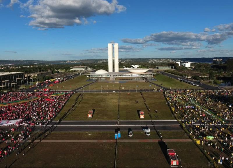 """O documentário """"O Processo"""" mostra como foi a trajetória do impeachment da ex-presidente Dilma Roussef"""