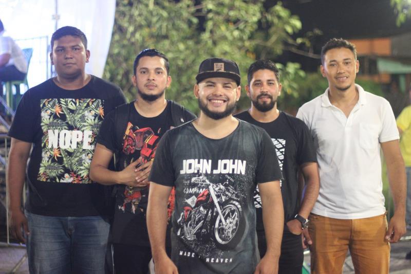 A banda Projeto IDE foi uma das atrações da noites de shows gospel em Outeiro