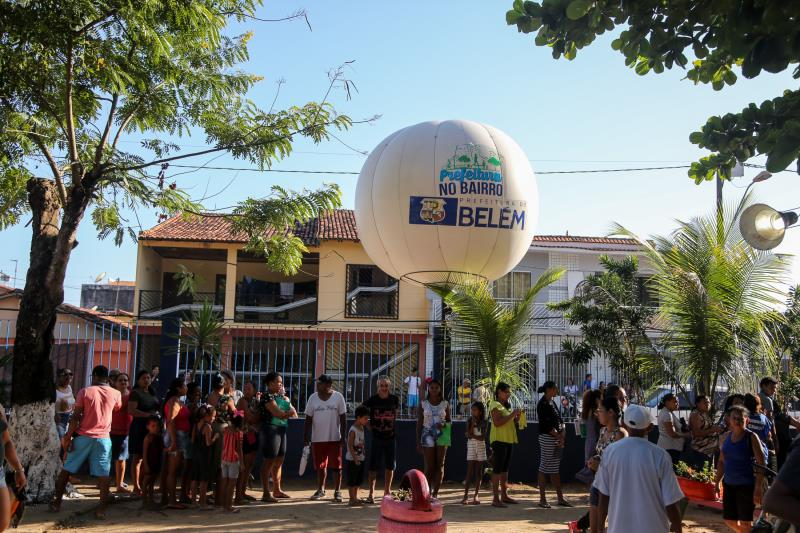 Desde cedo, houve a formação de filas de moradores em busca dos atendimentos do Prefeitura no Bairro, na escola Walter Leite Caminha, no conjunto Catalina