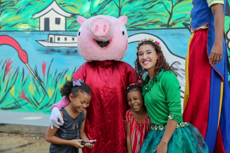 As crianças se divertiram muito com a programação especial na escola Walter Leite Caminha