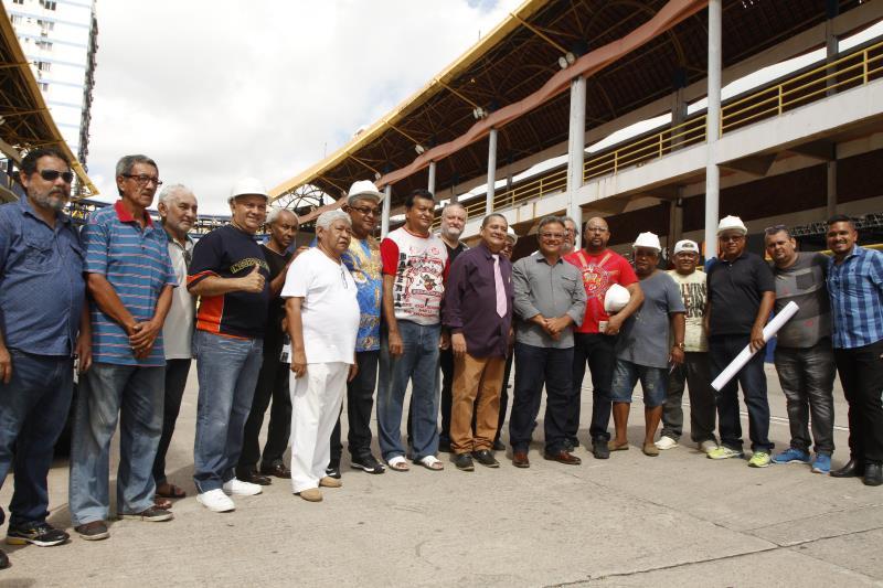 O prefeito Zenaldo Coutinho visitou as obras de reforma da Aldeia Amazônica, juntamente com os titulares da Seurb e da Fumbel, além de presidentes de escolas de samba de Belém