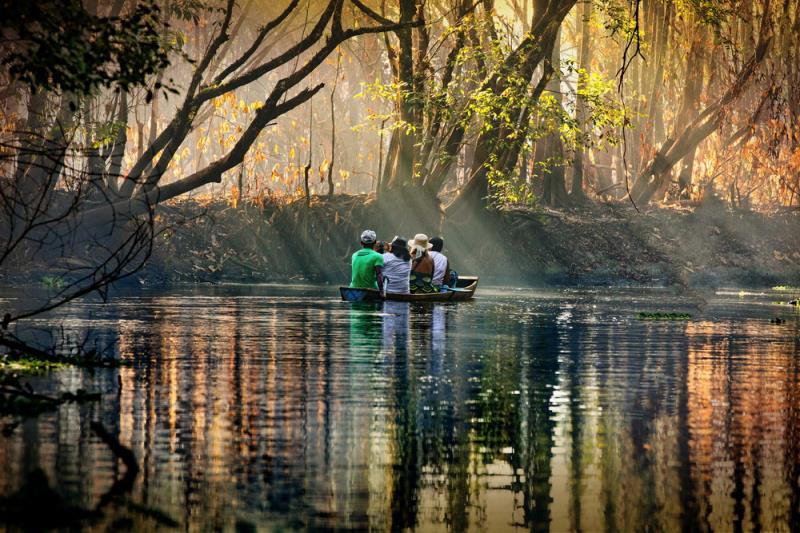 1º lugar - Categoria Fotojornalismo 2017 -Celso Lobo - Fotógrafo leva imagens da Amazônia para a Europa