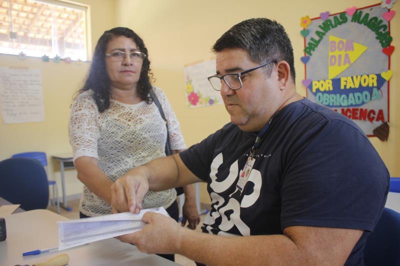 Em busca de uma nova via da Carteira de Identidade, Rosana Bastos, 55 anos, chegou cedo bem cedo à Escola Estadual Martha da Conceição, local da ação.