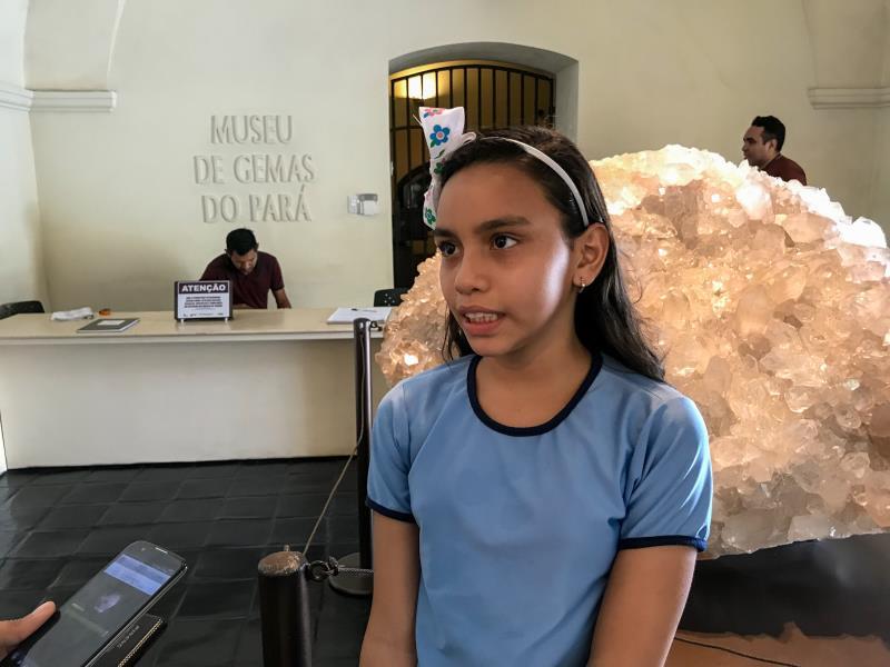 Evelyn Souza Azevedo, de 10 anos, estudante do 5º ano, se encantou com os animais do Mangal das Garças